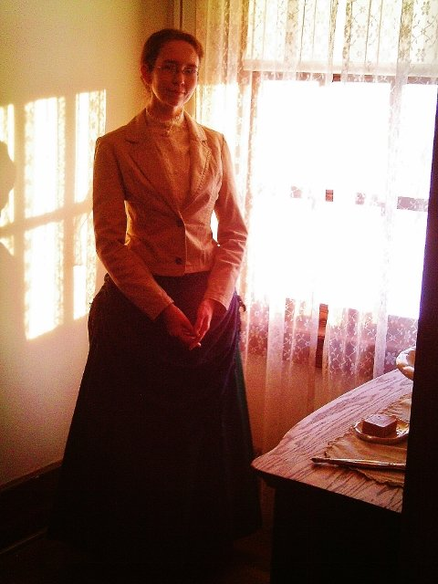 Officer's lady at Fort Abraham Lincoln State Park, Custer Christmas 2014